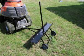 Ontmosser kam 100cm zitmaaier tractor