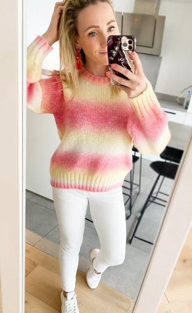 Rainbow sweater pink