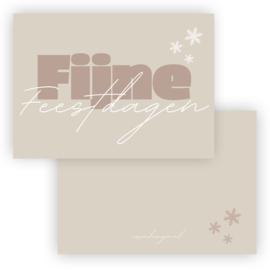 Mini kerst kaart Fijne feestdagen crème ( PER 5 STUKS )