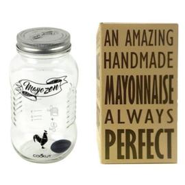 Mayonaise shaker
