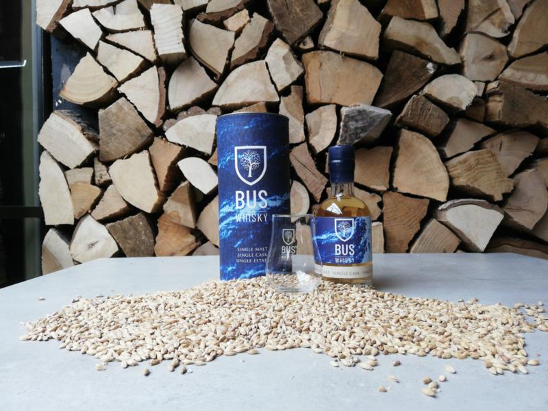 Bus Whisky Giftbox | Fles 20cl in koker met gegraveerd glas