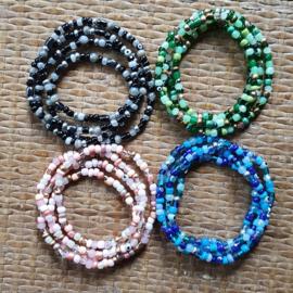 Wikkelarmbanden met glaskraaltjes, natuursteen en evil eye