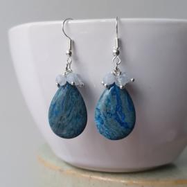 Oorbellen met druppel van blauwe lace agaat