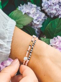 Armbandjes pink pearl