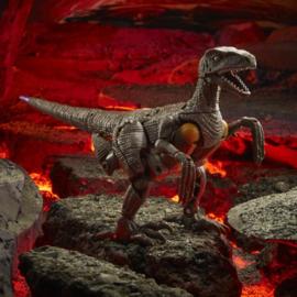 F0693 Kingdom Voyager Dinobot [case of 3 pcs]
