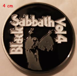 Black Sabbath - Vol4 pin