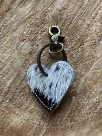 Keychain heart cow