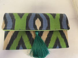 Silk green color clutch Les Ottomans