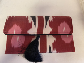 Silk pink  color clutch Les Ottomans