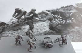 EarlyWarMiniatures | dutinf30 | MG/Mortar cart with crew | 1:72