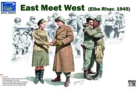 Riich | RV35014 | East meats West | 1:35