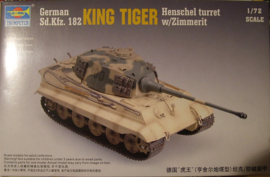 King tiger (Henschell Turret) with Zimmerit