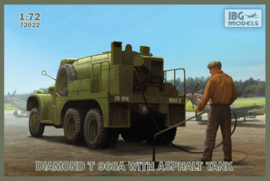 Diamond T968A with Asphalt Tank