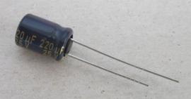 Elco, 25 V, 220 uF