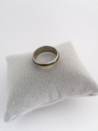 RVS Ring met beige binnenrand
