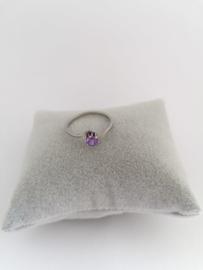 RVS Ring met paarse steen