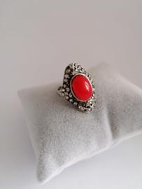 RVS ring  met rode steen
