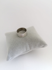 RVS Ring met ribbels
