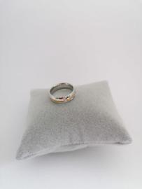 RVS Ring met gouden rand en steentjes