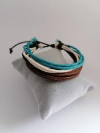 Armband van touwtjes