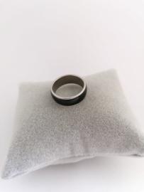RVS Ring met zwarte rand