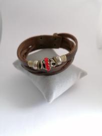 Armband nepleren band met rode steen