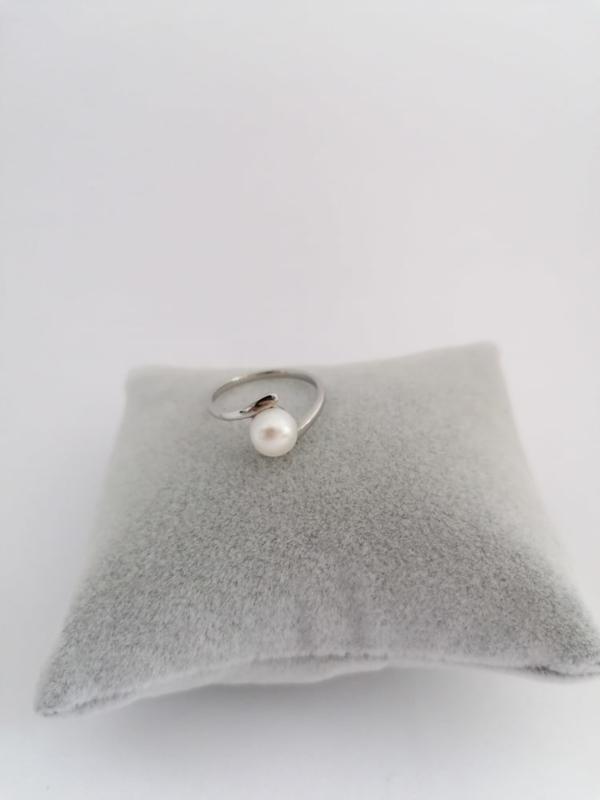 RVS ring met parel