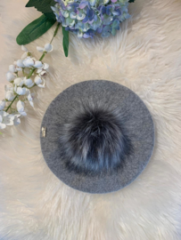 Pompom Baret Grey