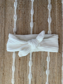 Knotted Rib Ivory