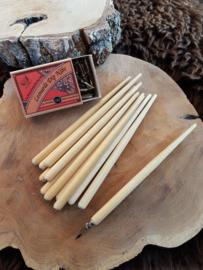 Kroontjespen met houten houder