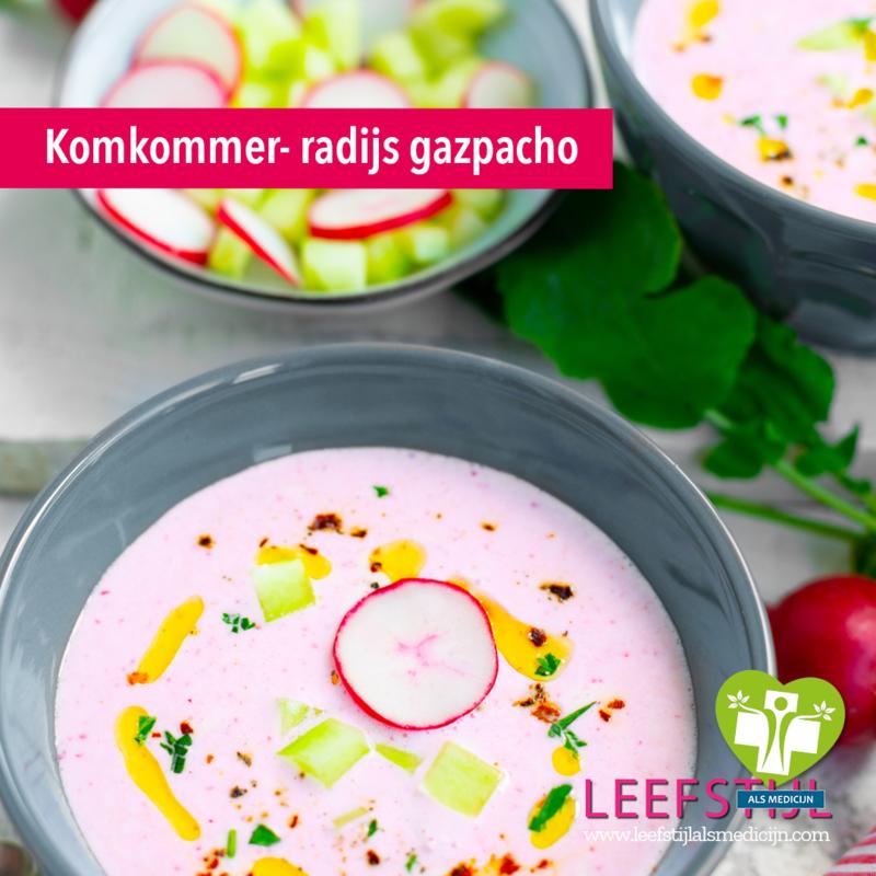 Komkommer-radijs gazpacho
