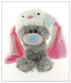 Me to You. Dinky beertje met konijnenmutsje.  19 cm