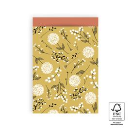 Cadeauzakje geel met bloemenmotief 17x25cm