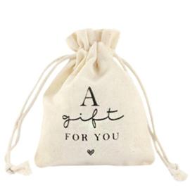 "Sieraad zakje linnen ""a gift for you"" Off white"