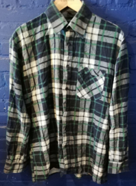 Green flannel button up shirt - Size M