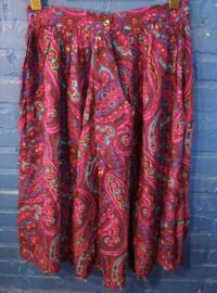 Purple skirt Size: M