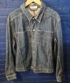 Denim buttoned jacket Levi's. Size: L
