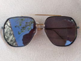 "Sunglasses  Black-gold  ""Cool Dudes"""