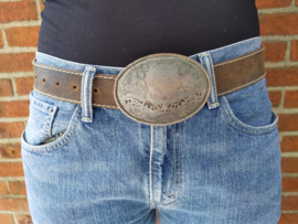 Leather belt with oval clasp