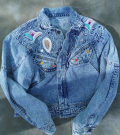 Vintage denim jacket with pearls Size: L