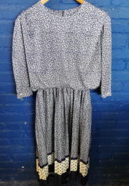 Blue white flowered dress size: L