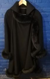 Black coat size: M