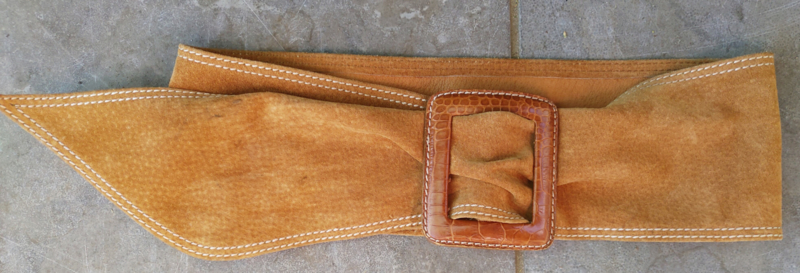 Belt with square clasp