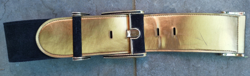 Belt gold/black with bling clasp