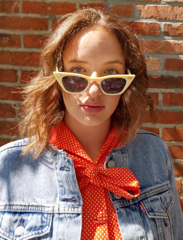 "Sunglasses  ""60ties""  off white"