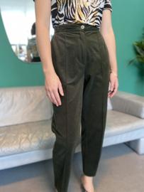 Green velvet pantalon