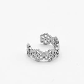 Flower ear cuff | Zilver