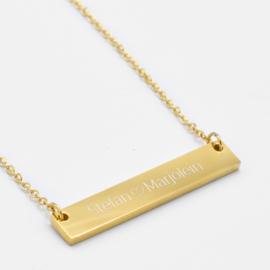 Name bar necklace   Goud