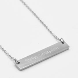Name bar necklace   Zilver