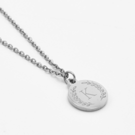 Initial wreath necklace | Style 2 | Zilver